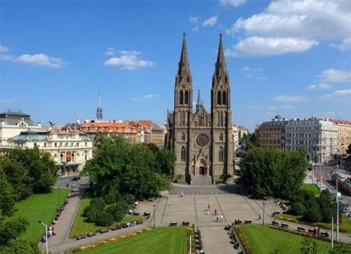 <p><strong>Prague - Vinohrady</strong><br />popular residential area</p>